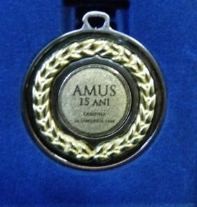 medalie 15 ani